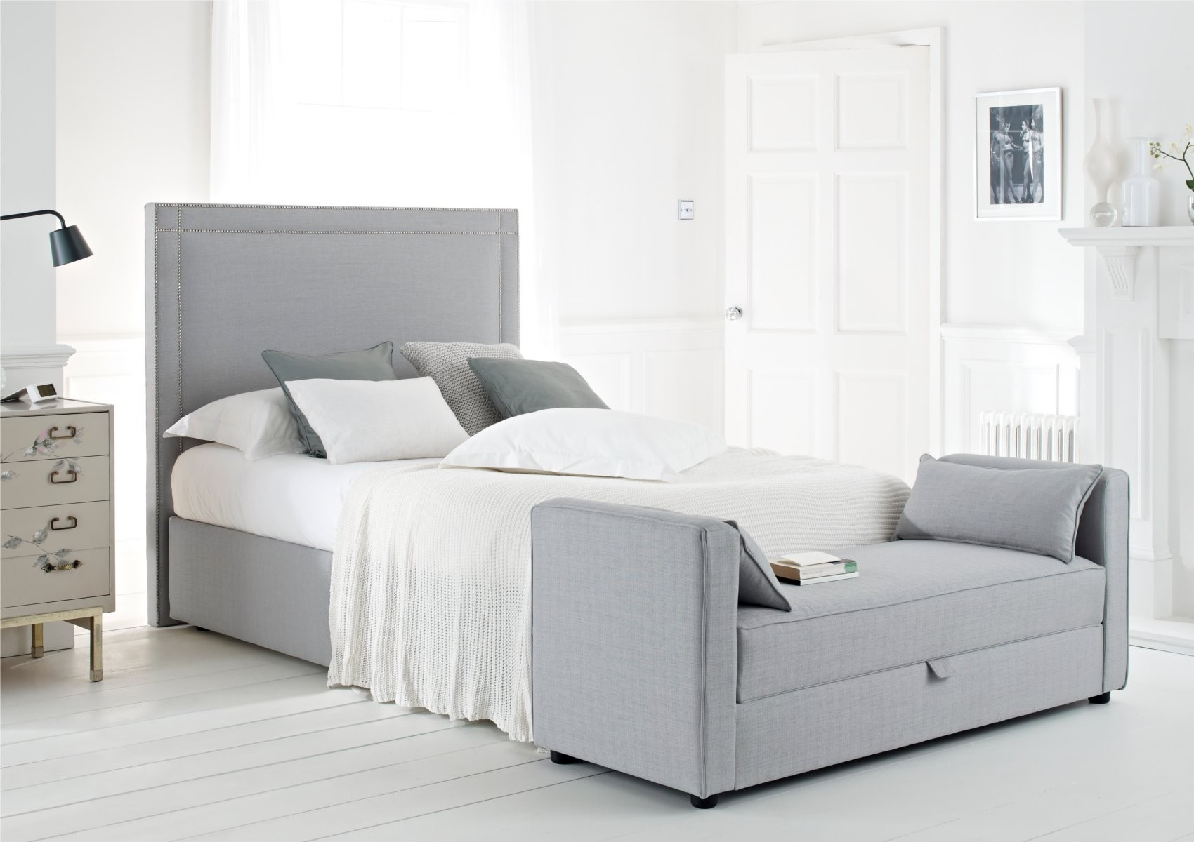 3 reasons to shop for super king size bed frame