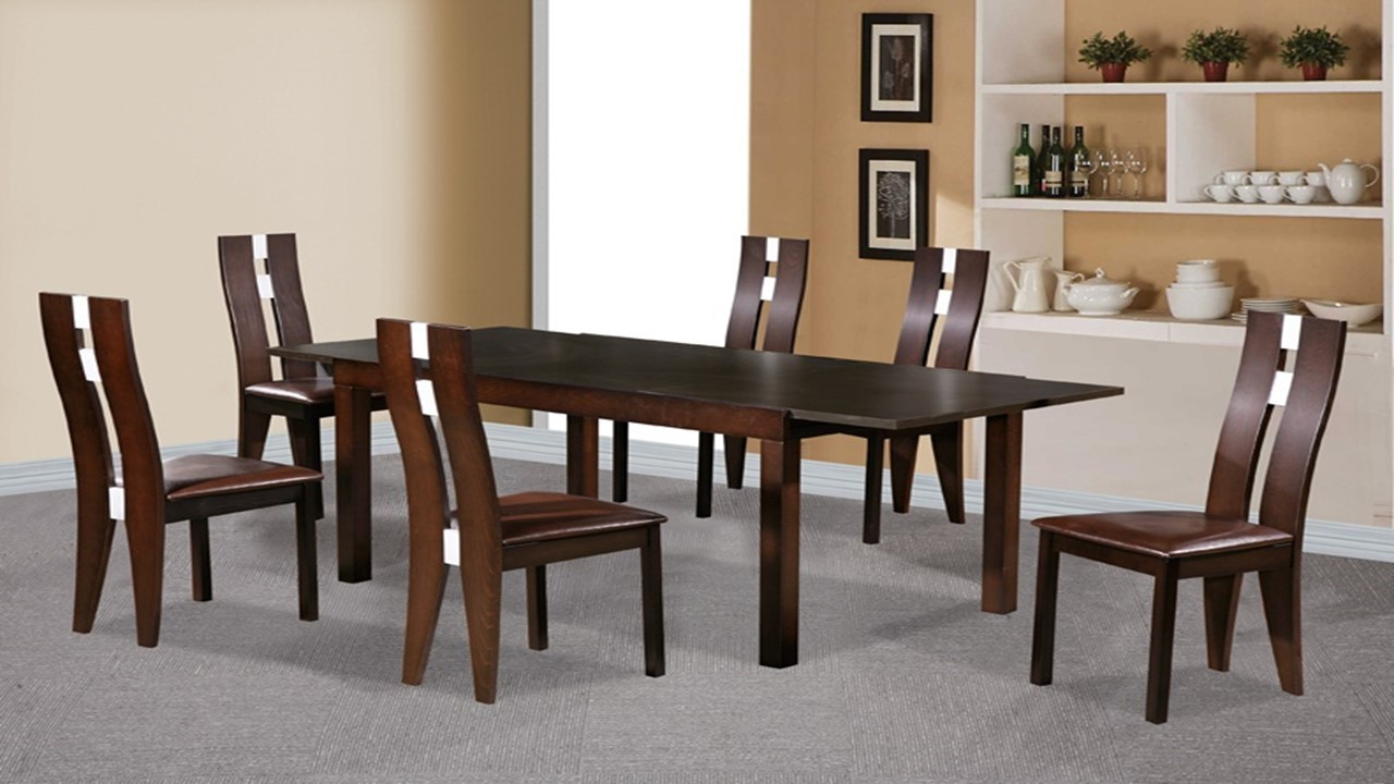 Why you should mix and match wooden dining table and chairs