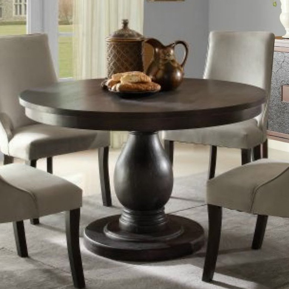 Why opt for a round pedestal dining table