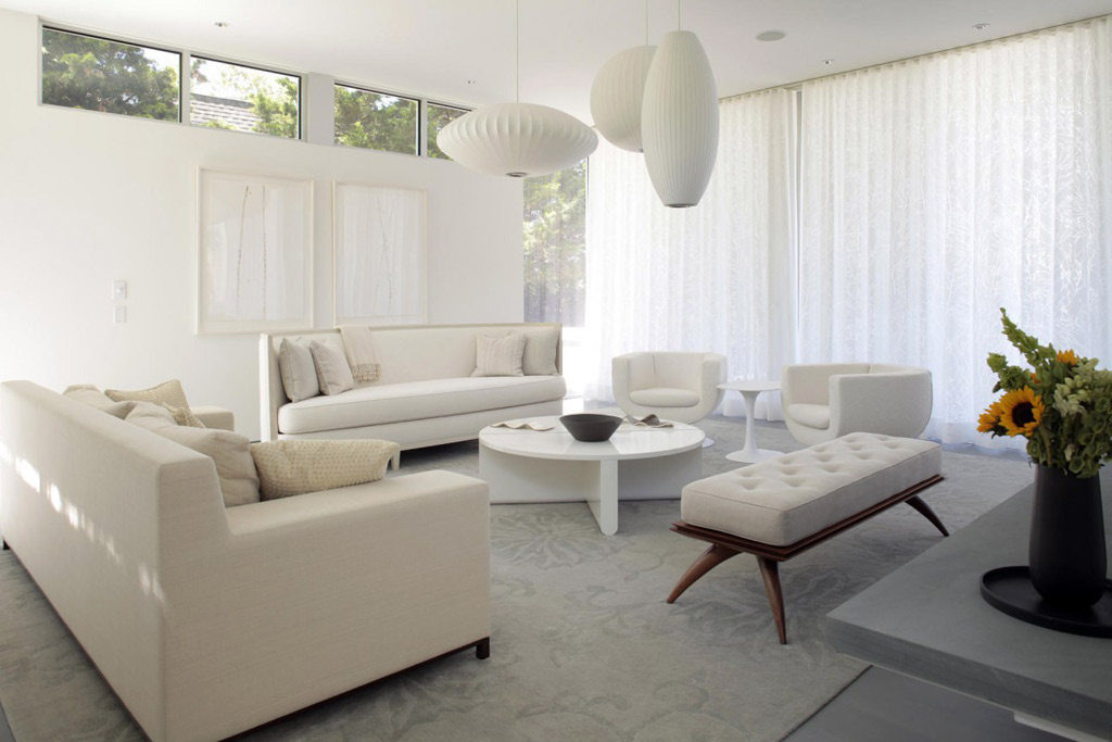 White living room furniture – the ideal versatile choice